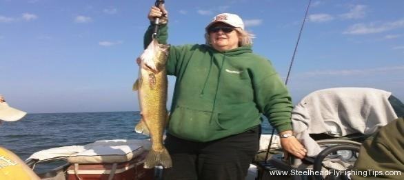 My Mom\'s 9lb Walleye 2011